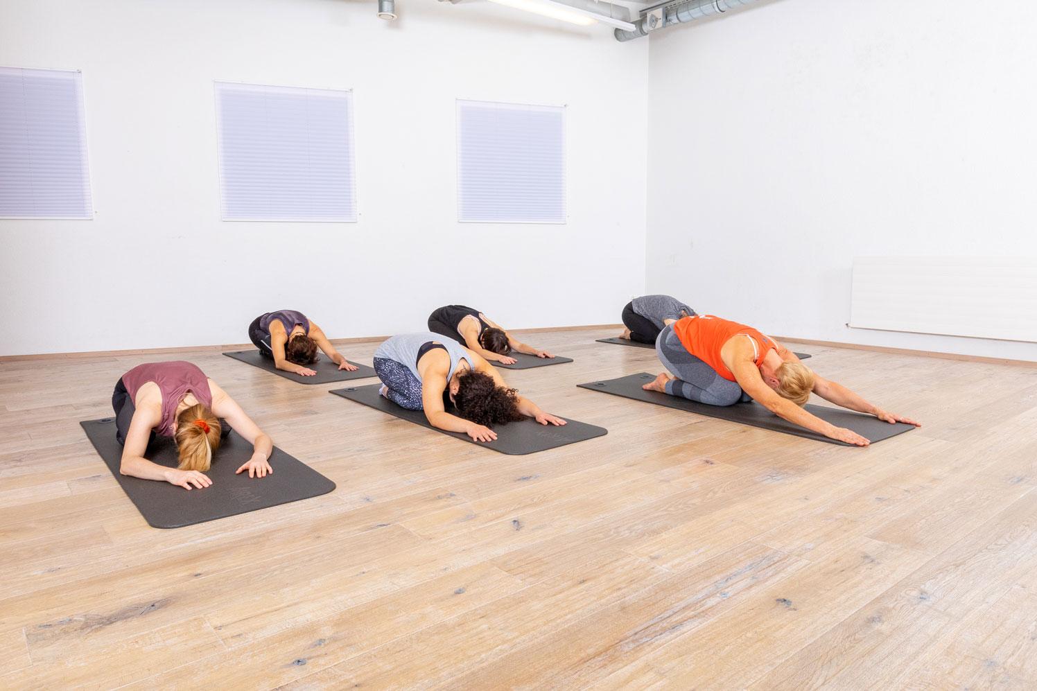 Stretch in Motion, Gruppenfitness mit Yvonne Bächli bei Vipfitstyle